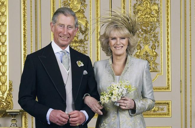 Không riêng Công nương Diana chịu thiệt thòi, Thái tử Charles cũng đã phải sống trong một cuộc hôn nhân bế tắc - Ảnh 3.