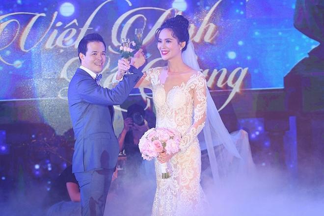 Choáng trước đám cưới xa hoa cả chục tỷ đồng của người đẹp Hoa hậu Hoàn vũ 2015 và đại gia mía đường - Ảnh 1.