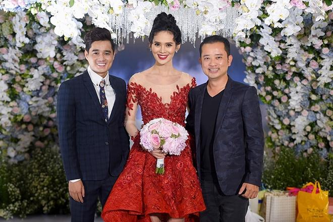 Choáng trước đám cưới xa hoa cả chục tỷ đồng của người đẹp Hoa hậu Hoàn vũ 2015 và đại gia mía đường - Ảnh 20.