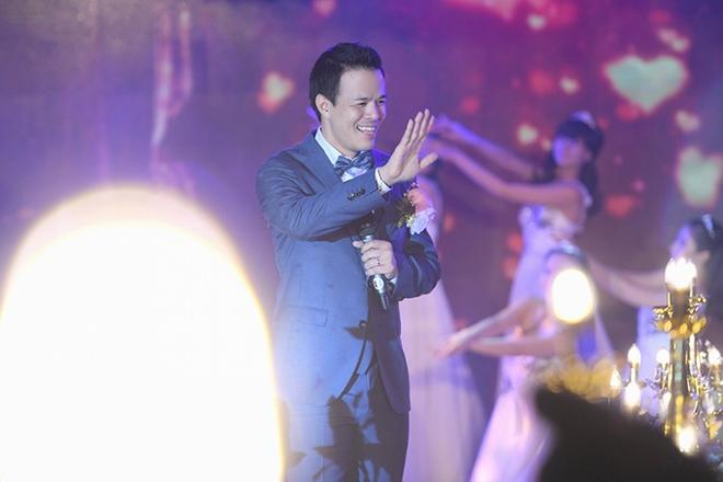 Choáng trước đám cưới xa hoa cả chục tỷ đồng của người đẹp Hoa hậu Hoàn vũ 2015 và đại gia mía đường - Ảnh 18.