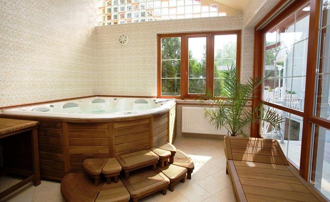 Những nhà tắm bằng gỗ chỉ liếc mắt trông qua cũng đủ khiến bạn xao xuyến - Ảnh 2.