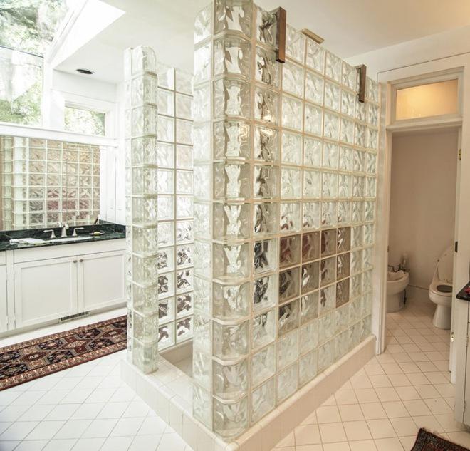 6 cách chọn lựa chất liệu lát phòng tắm giúp tăng hiệu ứng thị giác - Ảnh 2.