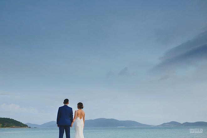 Lễ cưới chỉ 30 khách bên bờ biển của cô dâu Việt kiều được tạp chí châu Á hết lời khen ngợi - Ảnh 19.