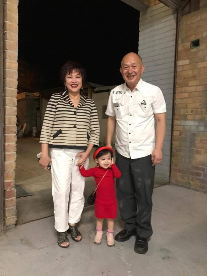Hạnh phúc viên mãn của nàng dâu Việt tại Úc được nhà chồng ủng hộ sự nghiệp riêng, vượt cạn có chồng kề cận - Ảnh 15.