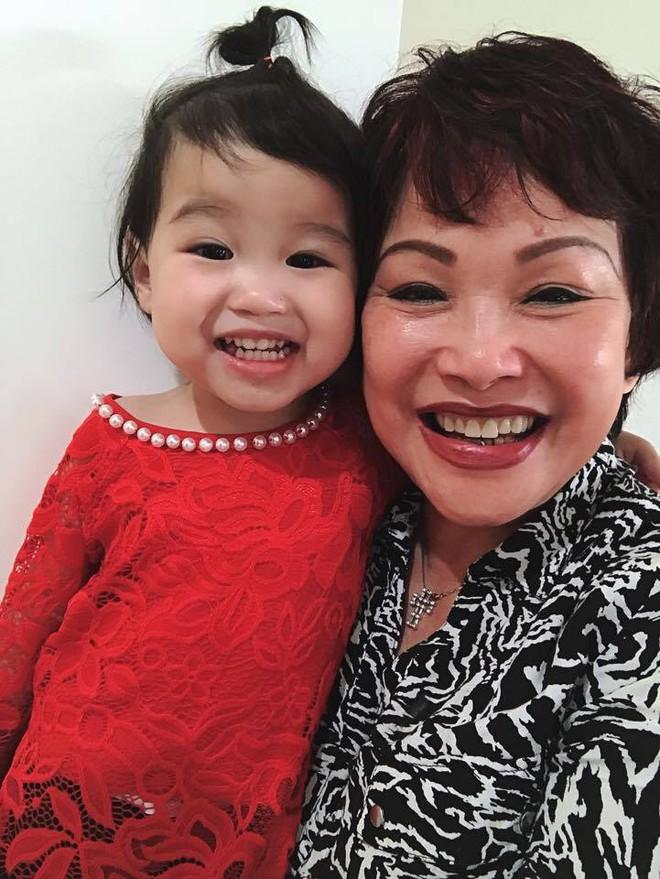 Hạnh phúc viên mãn của nàng dâu Việt tại Úc được nhà chồng ủng hộ sự nghiệp riêng, vượt cạn có chồng kề cận - Ảnh 17.