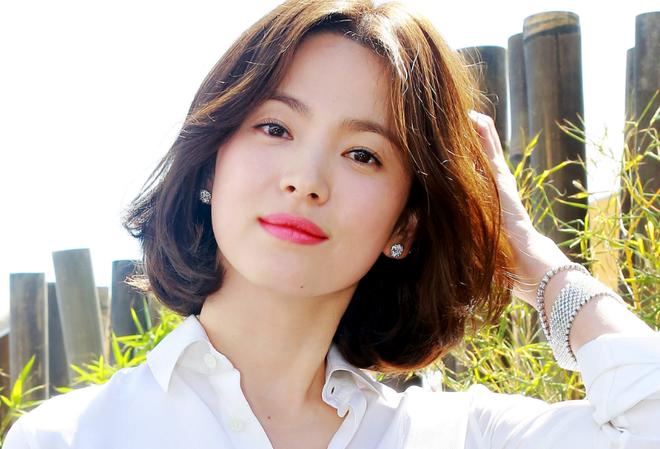Song Hye Kyo và bí mật của sắc đẹp bất chấp thời gian, chẳng cần đến dao kéo - Ảnh 1.