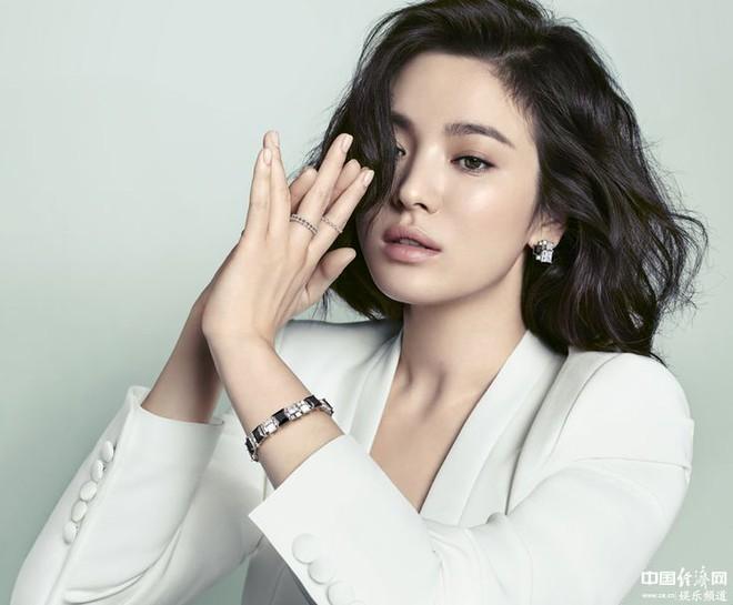 Song Hye Kyo và bí mật của sắc đẹp bất chấp thời gian, chẳng cần đến dao kéo - Ảnh 4.