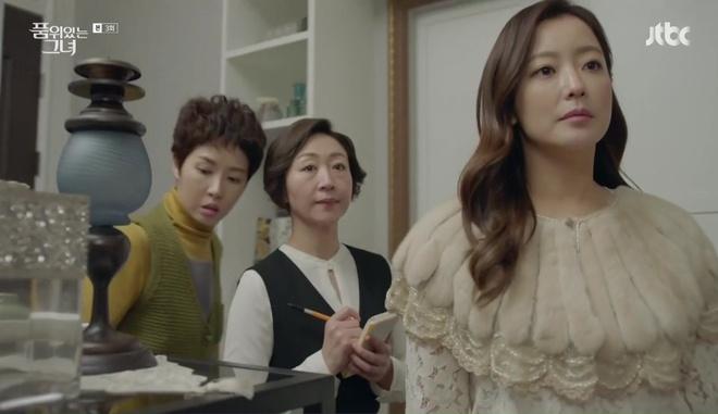 Điều gì ở Kim Hee Sun khiến Kim Sun Ah luôn nhìn cô bằng ánh mắt ngưỡng mộ? - Ảnh 4.