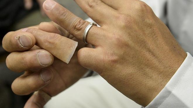 """Người phụ nữ giúp cựu mafia Nhật nối ngón tay bị chặt với phương châm làm việc """"sắt đá"""" khiến giang hồ bái phục - Ảnh 8."""