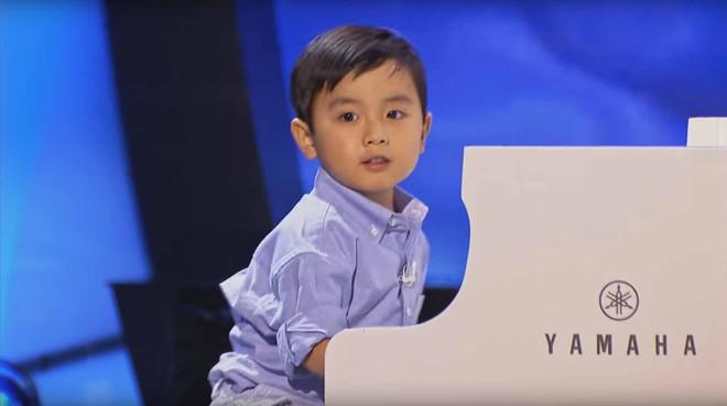 Trước khi phiên bản Việt lên sóng, Little Big Shots từng có 2 thần đồng gốc Việt cùng tên hot đến thế này - Ảnh 6.