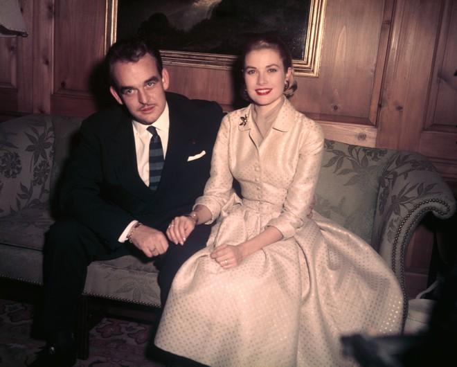 Điều gì khiến minh tinh đẹp rung chuyển cả Hollywood sau đám cưới thế kỷ biến thành đóa hoa héo úa? - Ảnh 7.