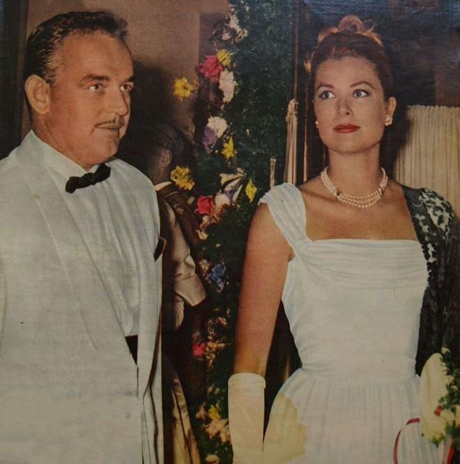 Điều gì khiến minh tinh đẹp rung chuyển cả Hollywood sau đám cưới thế kỷ biến thành đóa hoa héo úa? - Ảnh 10.