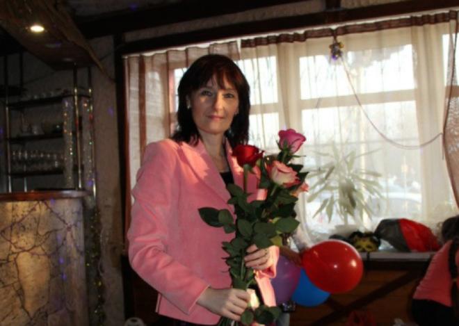 Bỏ rơi con chờ chết trong ngôi nhà hoang, 10 năm sau, bà mẹ ôm mặt khóc vì quyết định sai lầm - ảnh 2