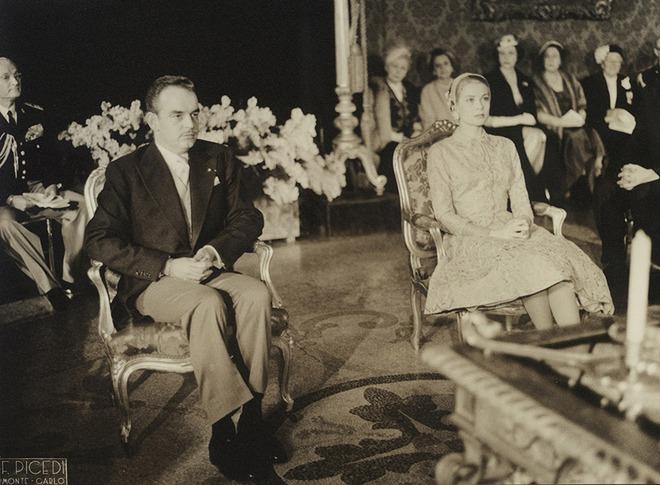 Toàn cảnh đám cưới thế kỷ vươt mặt ngày trọng đại của công nương Kate - hoàng tử William về độ xa hoa - Ảnh 3.