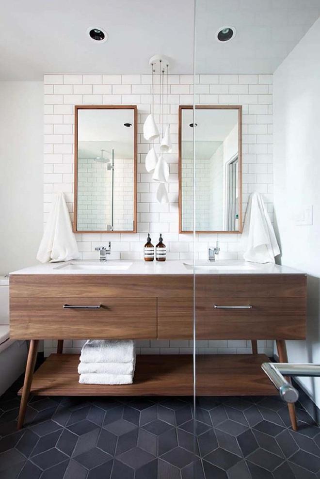 Nhìn ngắm vẻ đẹp khiến tim bạn rụng rời của những mẫu phòng tắm mang phong cách Midcentury - Ảnh 2.
