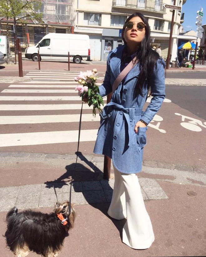 Không quá xinh cũng chẳng quá cao, công chúa Thái Lan vẫn tự tin trở thành biểu tượng thời trang nhờ vào gu mặc đẹp - Ảnh 7.