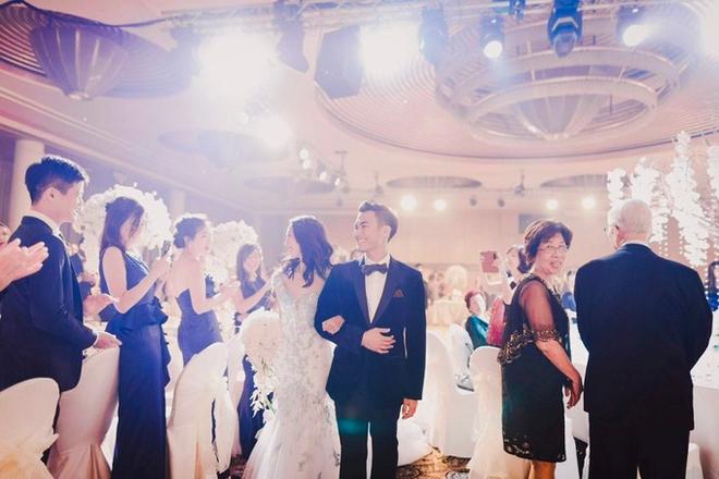 Đám cưới tốn kém và kỳ công không thua sao nổi tiếng hay con nhà tỷ phú của nữ blogger thời trang - Ảnh 4.