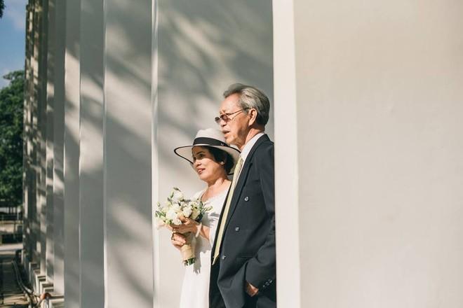 45 năm ông bà anh yêu nhau từ thời chẳng có gì đến tuổi thất thập và bộ ảnh cưới tình hơn tụi trẻ - Ảnh 7.
