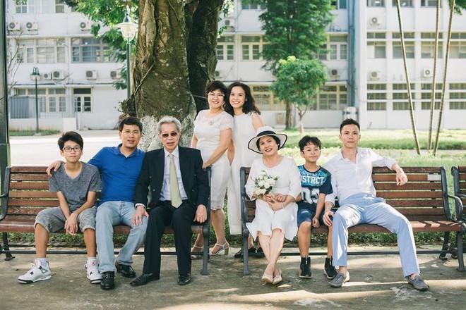 45 năm ông bà anh yêu nhau từ thời chẳng có gì đến tuổi thất thập và bộ ảnh cưới tình hơn tụi trẻ - Ảnh 15.