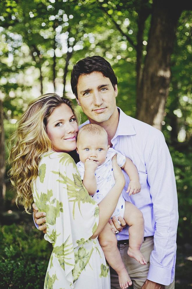 Lời tỏ tình lịm tim và 12 năm hôn nhân trên cả mật ngọt của Thủ tướng Canada đẹp trai như tài tử - Ảnh 15.