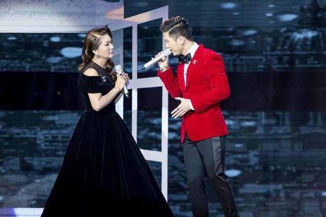 Hòa Minzy khẳng định danh xưng công chúa Bolero khi cùng Erik giành giải nhất tuần - Ảnh 2.