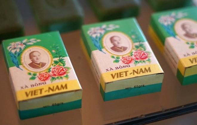 Để có ly sữa organic đạt chuẩn thế giới, người Việt đã mất 2 năm tâm huyết và minh bạch - Ảnh 1.