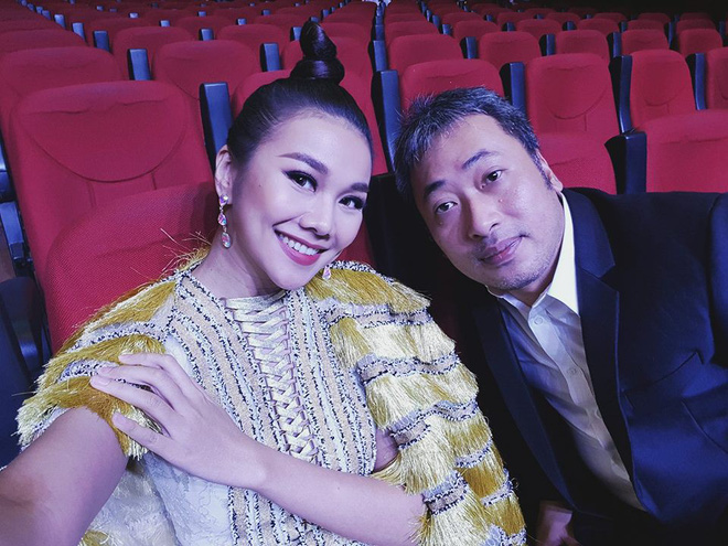 Thanh Hằng và Tóc Tiên nhìn bỗng y chang nhau trên sân khấu MAMA 2017 - Ảnh 2.