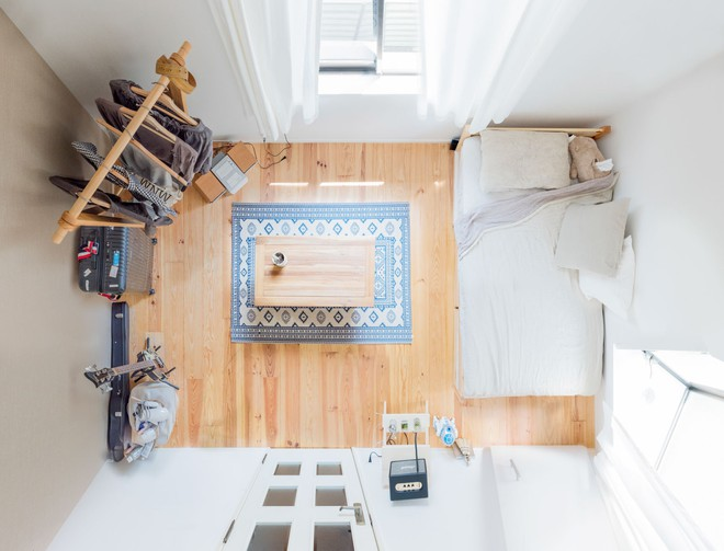 Cận cảnh căn hộ siêu gọn gàng, tiêu biểu cho phong cách tối giản ở Nhật - Ảnh 1.