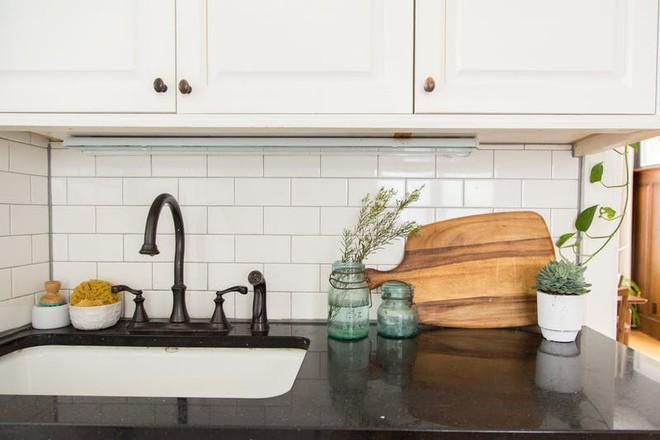 Chuyên gia người Nhật chỉ ra 2 nơi lộn xộn nhất trong nhà bếp và cách khắc phục  - Ảnh 2.