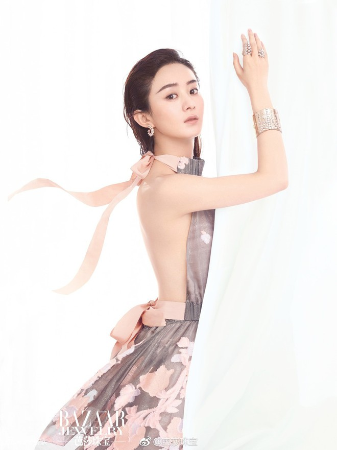 Mặc kệ chê bai xuất thân thấp hèn, Triệu Lệ Dĩnh vẫn là sao nữ có giá trị thương mại cao nhất năm 2017 - Ảnh 2.