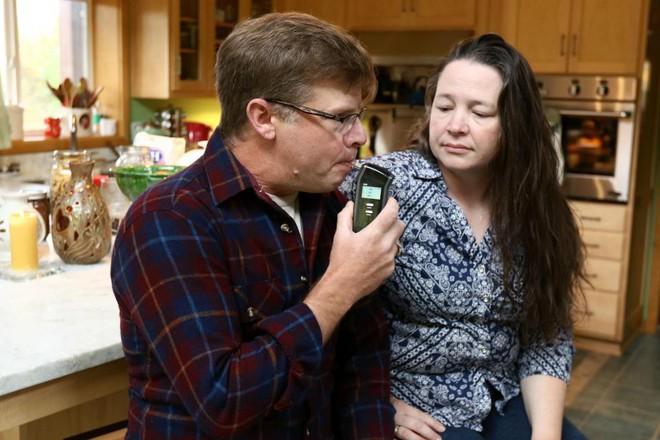 Chẳng động đến một giọt rượu, chồng vẫn bị vợ cằn nhằn, cắt tiền tiêu vặt vì say xỉn cả ngày, sự thật quá oan ức - Ảnh 2.