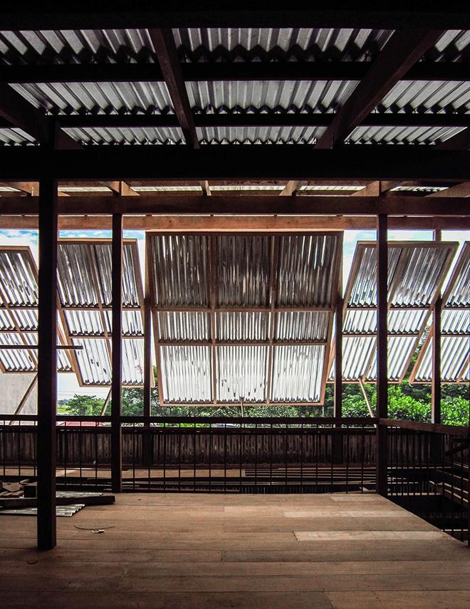 Dùng tấm tôn làm vật liệu chính, ngôi nhà ở Châu Đốc này vẫn khiến báo Tây ngạc nhiên vì quá đẹp - Ảnh 11.