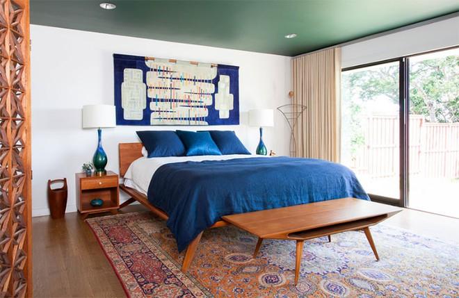 Thiết kế phòng ngủ theo phong cách Midcentury ấm áp đón đông về - Ảnh 12.