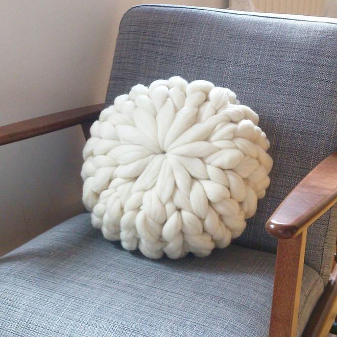 Trang trí phòng khách với gối tựa lưng bằng len siêu đẹp - Ảnh 10.