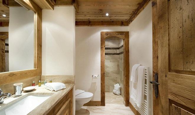 Những nhà tắm bằng gỗ chỉ liếc mắt trông qua cũng đủ khiến bạn xao xuyến - Ảnh 13.