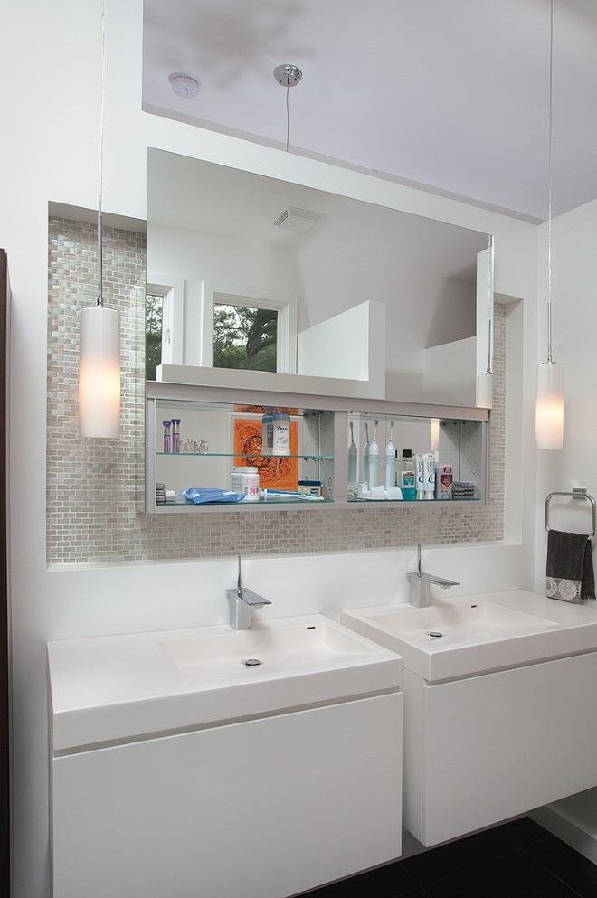 Nhìn ngắm vẻ đẹp khiến tim bạn rụng rời của những mẫu phòng tắm mang phong cách Midcentury - Ảnh 13.
