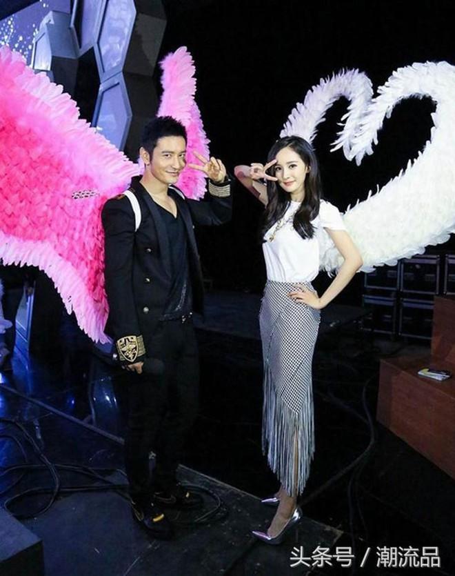 Hóa ra Dương Mịch, Angela Baby... đều đã từng đeo cánh ăn theo các thiên thần Victorias Secret và trổ tài catwalk - Ảnh 13.