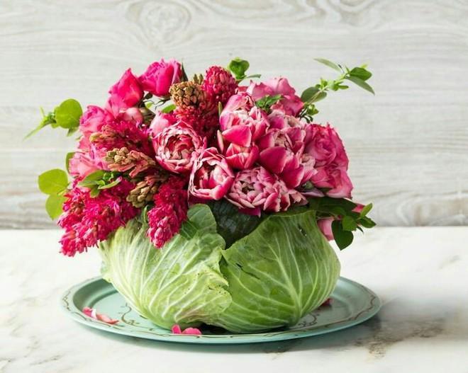 Những cách cắm hoa đơn giản giúp căn nhà từ buồn tẻ trở nên vô cùng sinh động - Ảnh 16.