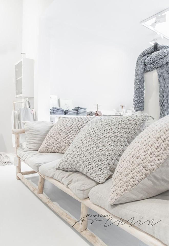 Trang trí phòng khách với gối tựa lưng bằng len siêu đẹp - Ảnh 3.