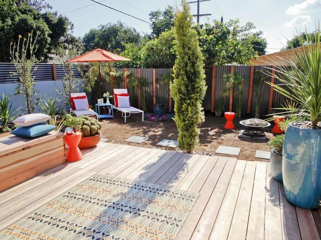 10 mẫu hàng rào vừa đẹp vừa tiết kiệm chi phí cho khu vườn nhà bạn thêm xinh - Ảnh 4.