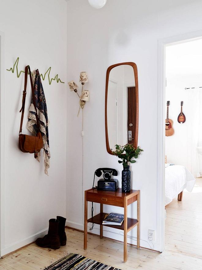 Những thiết kế sảnh căn hộ đậm màu phong cách Bắc Âu - Ảnh 4.