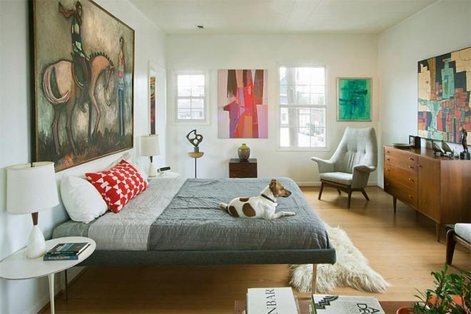 Thiết kế phòng ngủ theo phong cách Midcentury ấm áp đón đông về - Ảnh 4.