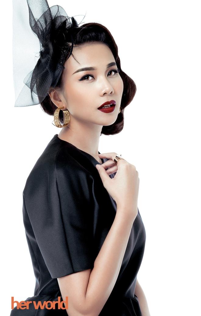 Chi Pu, Phạm Hương, HH Phương Nga cùng 15 nhan sắc Vbiz được báo Trung bầu chọn sở hữu vẻ đẹp điển hình - Ảnh 4.