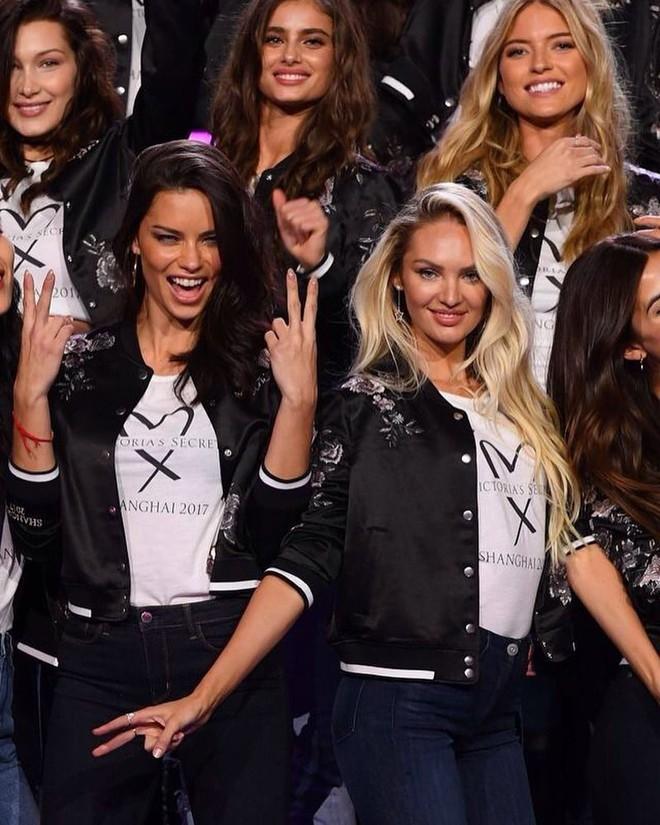 Dàn mẫu Victorias Secret xinh phát ngất trong buổi họp báo chính thức tại Thượng Hải - Ảnh 4.