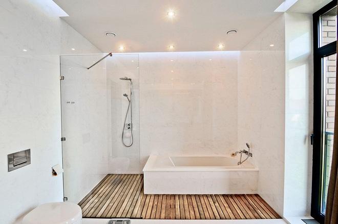Những nhà tắm bằng gỗ chỉ liếc mắt trông qua cũng đủ khiến bạn xao xuyến - Ảnh 6.