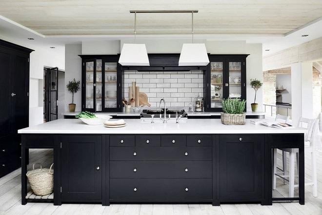 Ngắm hoài không chán 16 căn bếp vượt thời gian với gam màu đen – trắng - Ảnh 5.