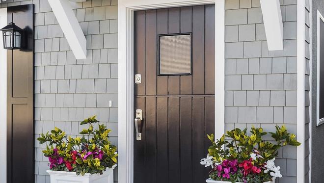 Muôn kiểu cửa nhà có hoa khiến ai ai đi qua cũng phải ngoái nhìn - Ảnh 6.