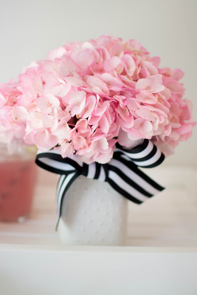 Những cách cắm hoa đơn giản giúp căn nhà từ buồn tẻ trở nên vô cùng sinh động - Ảnh 6.