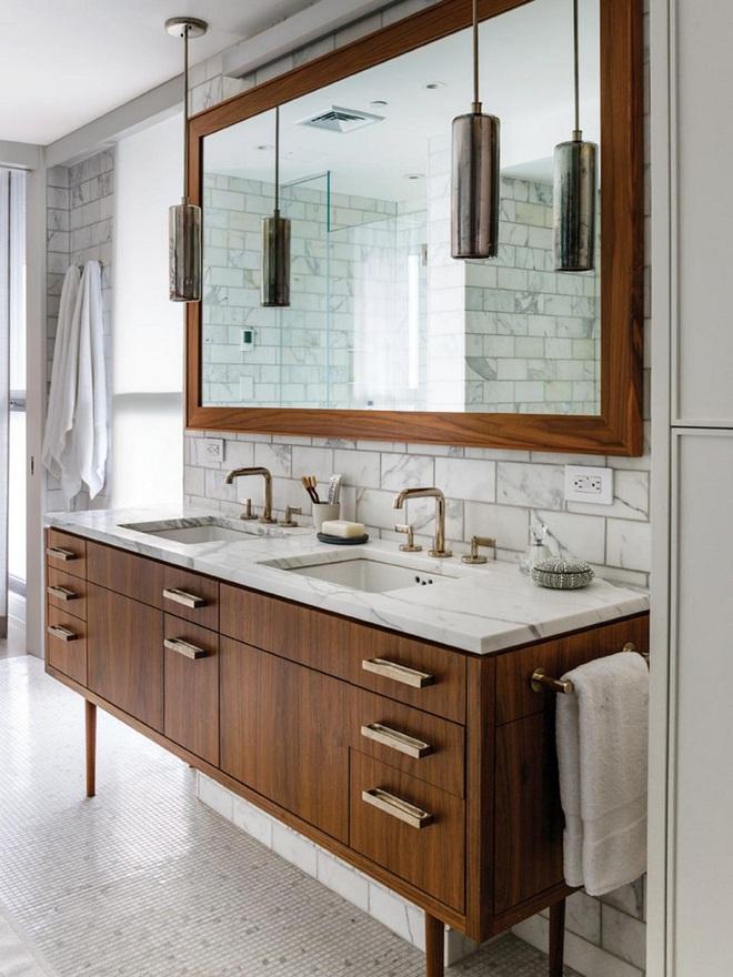 Nhìn ngắm vẻ đẹp khiến tim bạn rụng rời của những mẫu phòng tắm mang phong cách Midcentury - Ảnh 7.