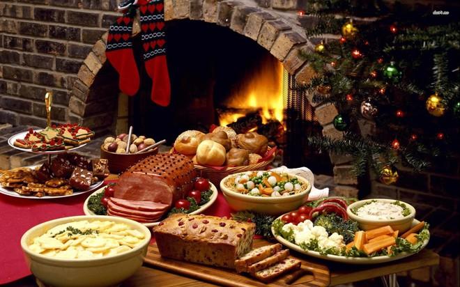 Đi vòng quanh thế giới xem mọi người ăn gì vào bữa tối Giáng Sinh - Ảnh 7.